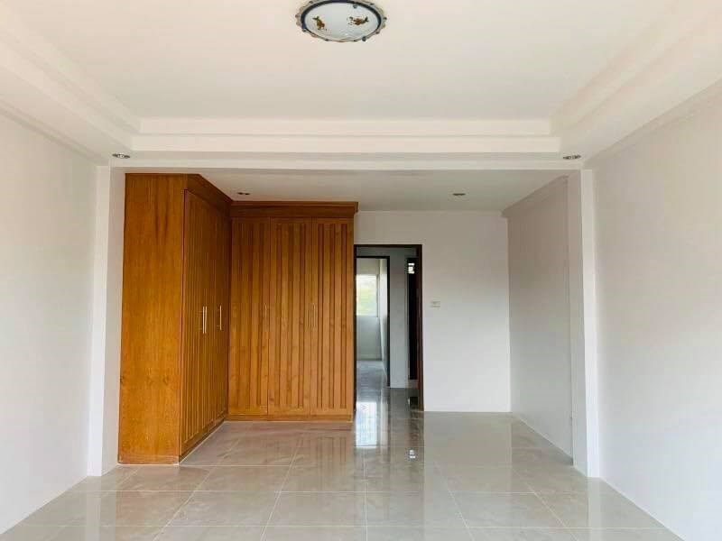Commercial Apartment - 3 Storeys Building For Sale - Commercial - Jomtien -