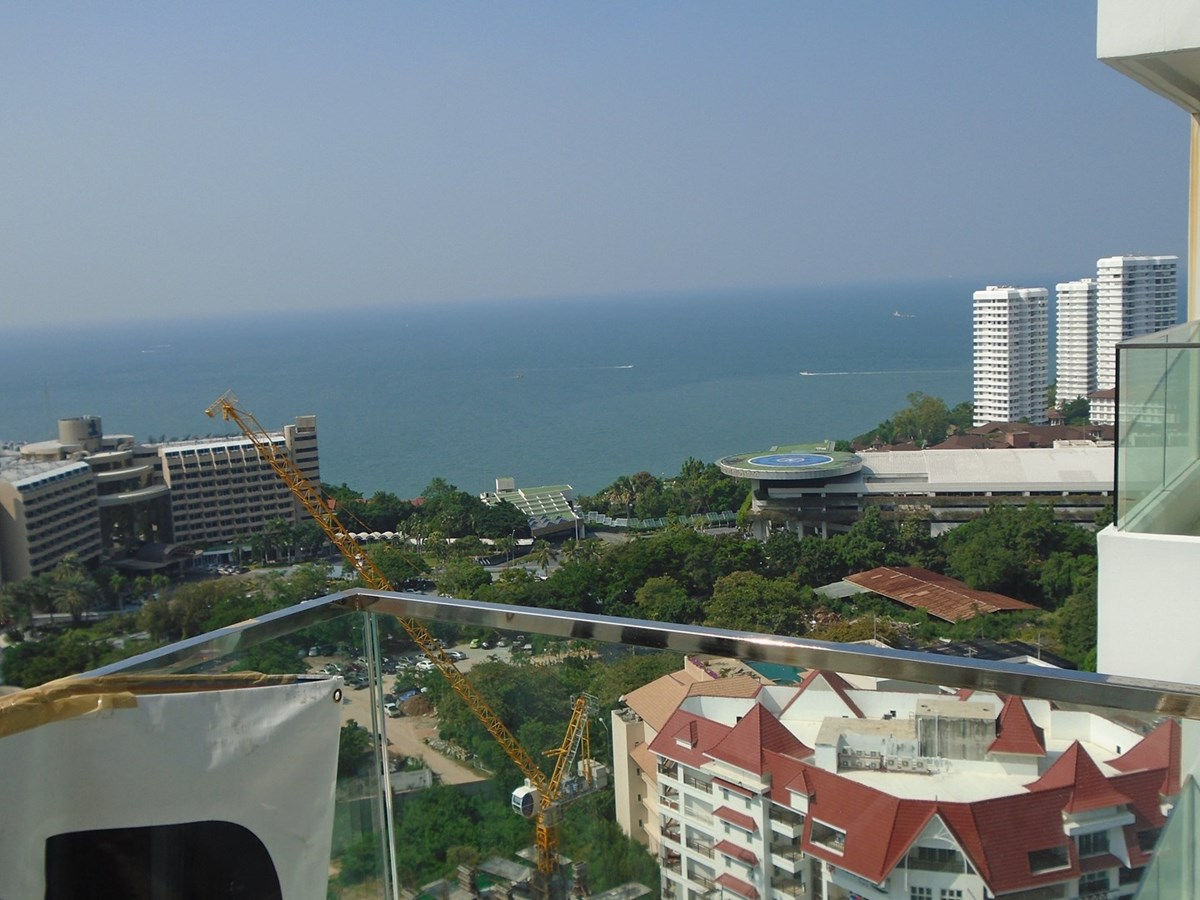 2-bedroom-condo-for-sale-in-pattaya-rent-a