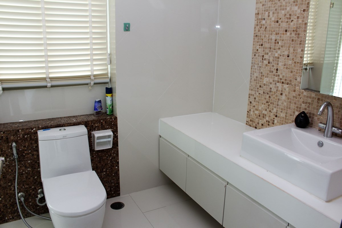 sanctuary-condo-for-sale-and-rent-pattaya-i